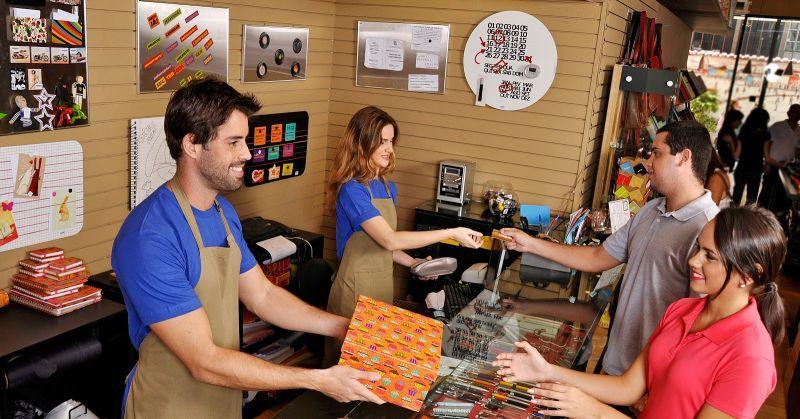 Vendas do varejo devem cair 3,6%, mas tendência é de recuperação